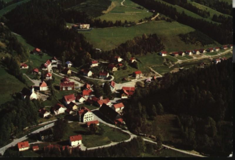 https://www.kreuzthal.de/wp-content/uploads/2017/03/04_kreuzthal-luftbild_60er_Jahre.jpg